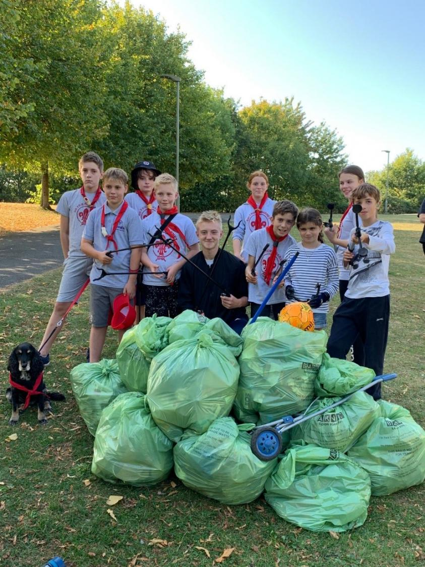 The 6th Friern Barnet Group helped collect litter at Friern Bridge Open Space.